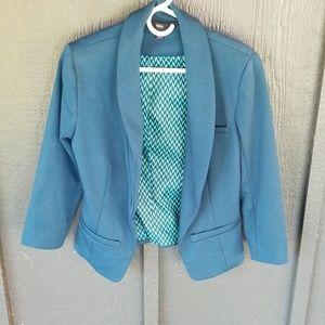 Super cute teal 3/4 sleeve blazer!